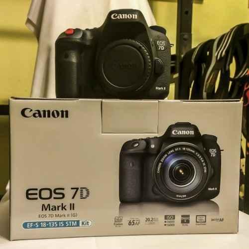 Canon EOS 7D Mark II Digitalkamera