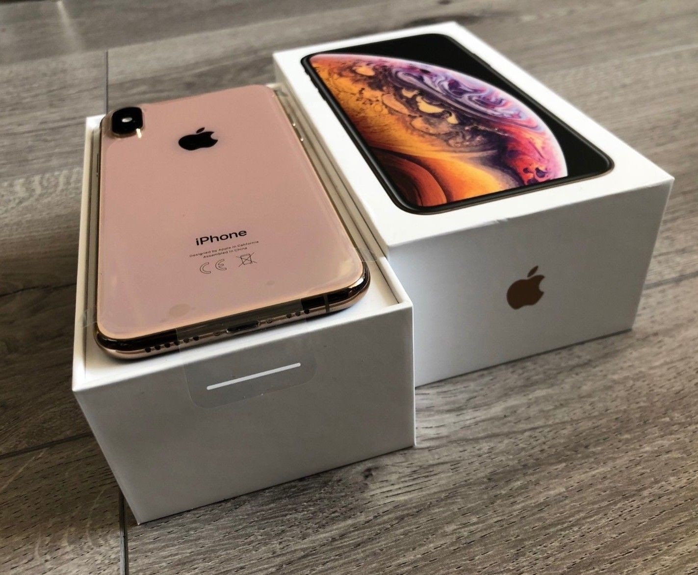 Apple iPhone XS 64GB €400 ,iPhone XS Max